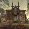 Escape V Manor